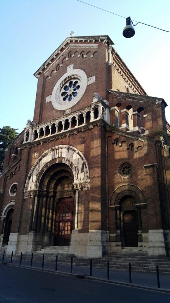 Gereja Santo Camillus dari Lellis, yang menjadi gereja stasi tahun 2021, bukan Gereja Santa Susanna yang ditutup untuk restorasi. © Emre Boz   Shutterstock