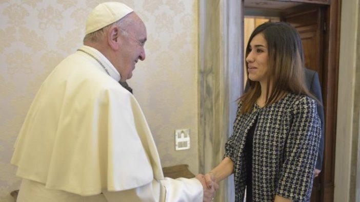 Nadia Murad dan Paus tanggal 20 Desember 2018