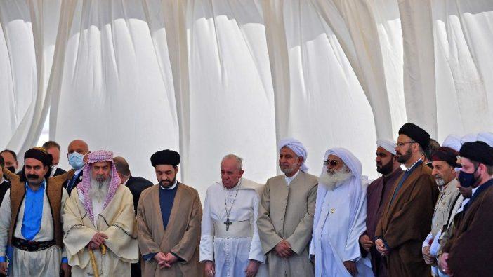 Paus berdoa bersama para pemimpin agama Irak