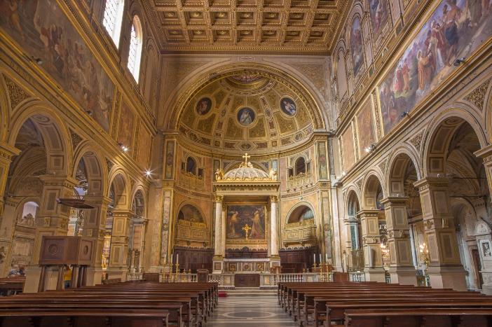 Basilika Santo Laurensius di Damaso. Basilika masa kini adalah hasil rekonstruksi abad ke-18 oleh Vespignani. © Renata Sedmakova   Shutterstock
