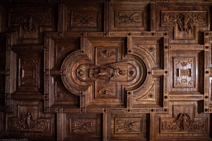 Basilika Santo Pancratius (apse). Tahun 1662 basilika itu dipercayakan kepada Karmelit Tak Bersepatu, yang masih mengelolanya hingga hari ini. © Antoine Mekary   ALETEIA