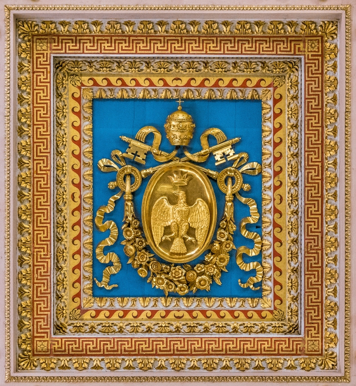 Lambang Paus Leo XII, dibingkai di langit-langit Basilika Santo Paulus di Luar Tembok. Rekonstruksi basilika itu dimulai di bawah kepausannya. © Stefano_Valeri   Shutterstock