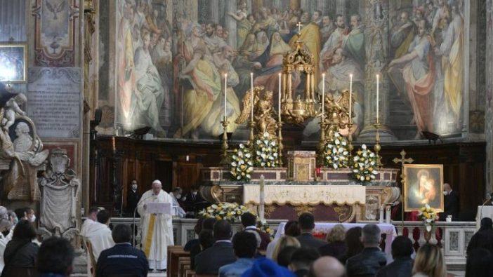 Minggu Kerahiman Ilahi di Gereja Santo Spirito di Sassia