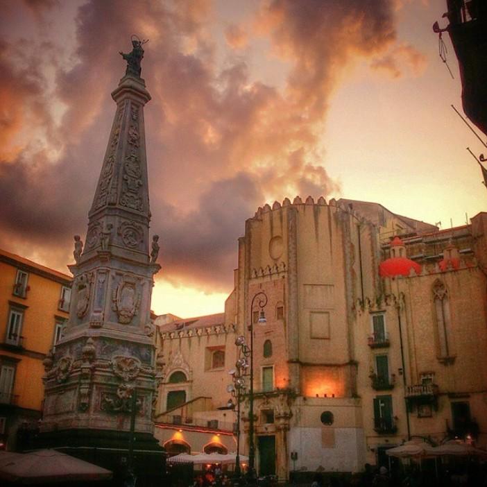 Gereja San Domenico Maggiore di Napoli. Credits: ig @maakunsaiken