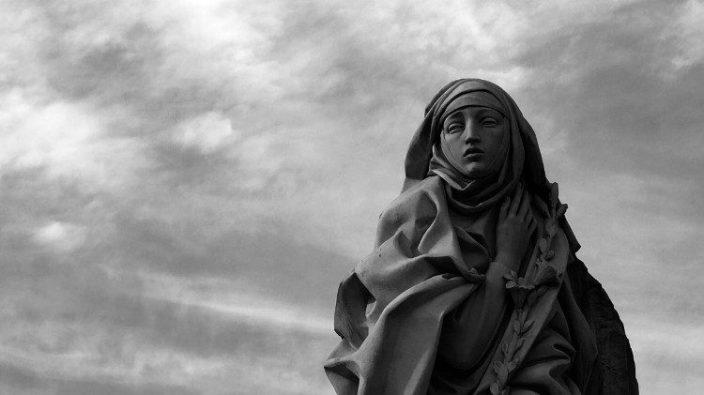 Patung Santa Katarina dari Siena