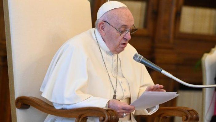 Paus Fransiskus dalam Audiensi Umum 14 April 2021. (Vatican Media)