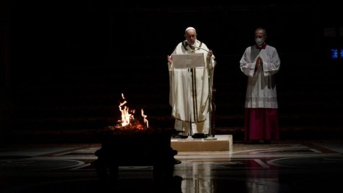 Paus Malam Pasakah 1