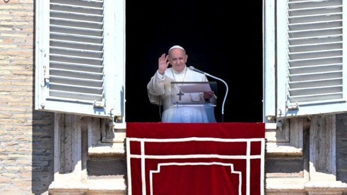 Paus dalam doa Regina Coeli (Vatican Media)