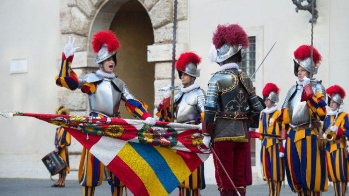 Pelantikan Garda Swiss 2018 (Vatican Media)