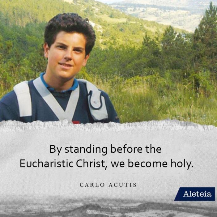 Dengan berdiri di depan Kristus yang Ekaristis, kita menjadi suci (Carlo Acutis)