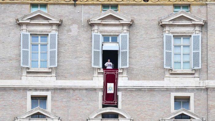 Paus dalam Regina Coeli 23 Mei